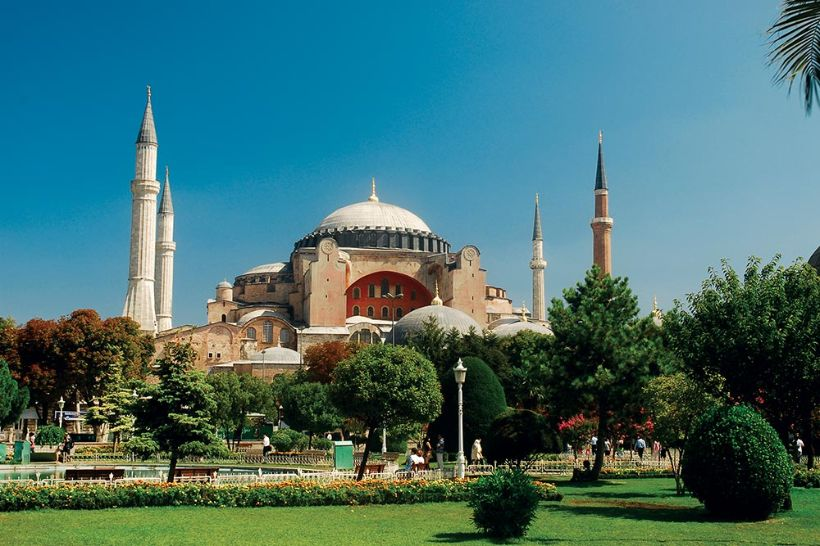 10 sights not to miss in Istanbul